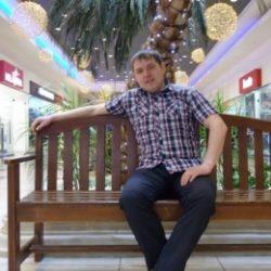 Двадцатилетний парень ищет девушку или женщину для секса без обязательств, в Магнитогорске.